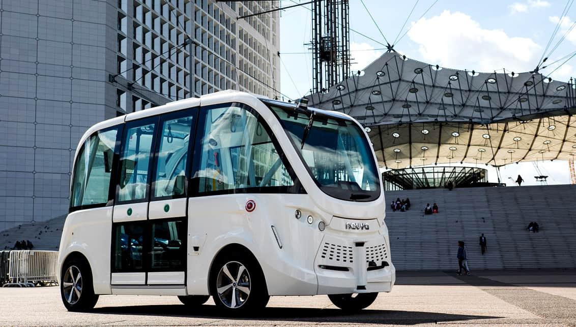 Dans la course à la voiture autonome, la France appuie sur l'accélérateur avec un plan de 16 expérimentations
