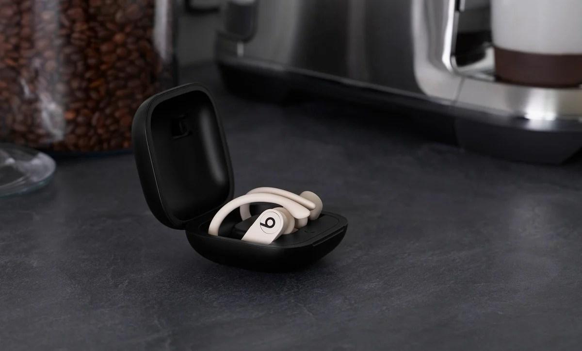 PowerBeats Pro : Beats se lance à son tour dans la course aux écouteurs true-wireless