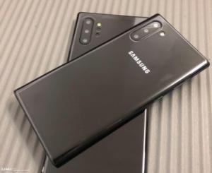 Samsung Galaxy Note 10 et Note 10+ : premières photos comparatives des modèles factices