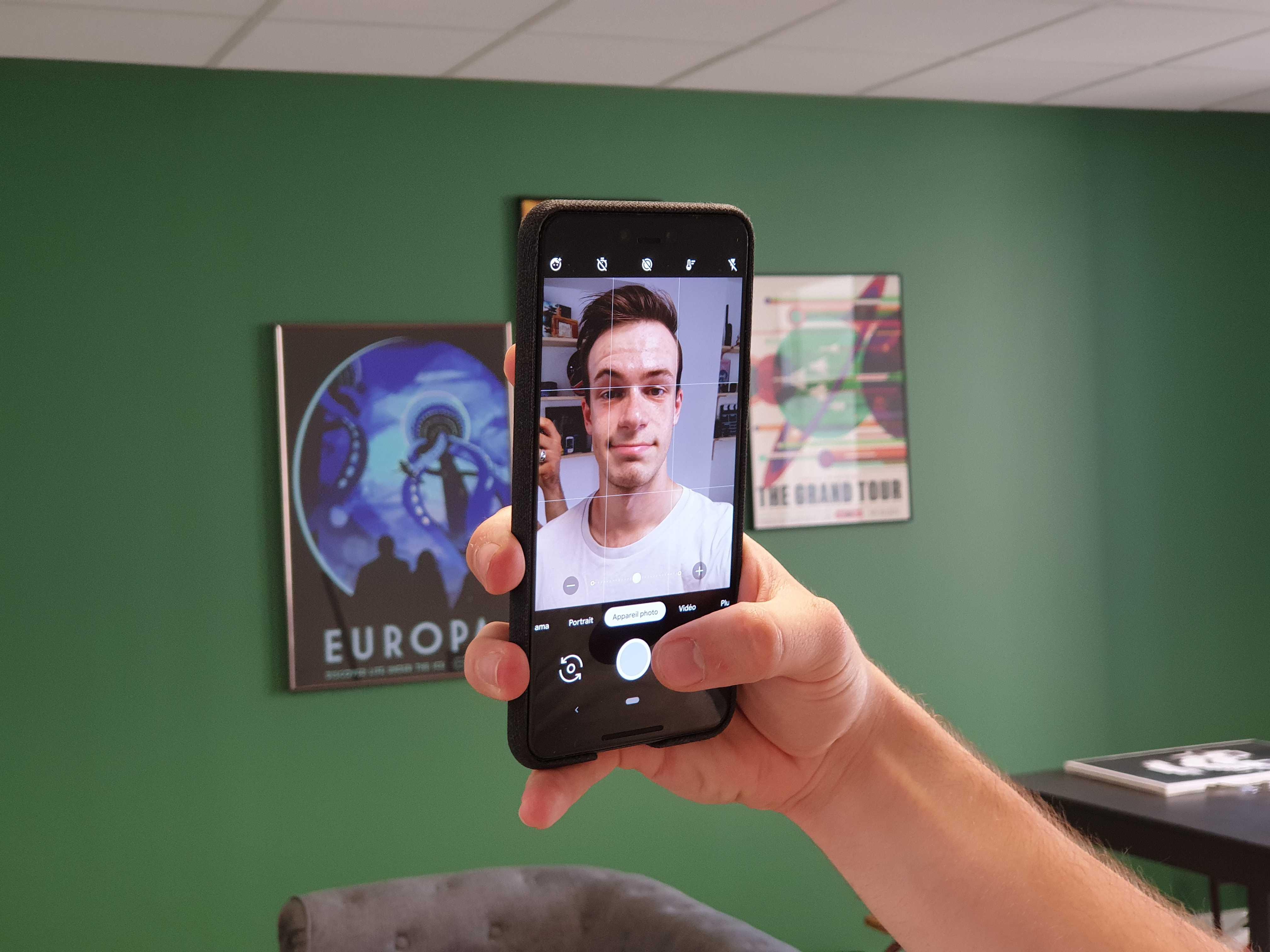 Pour améliorer son «Face ID», Google paye des passants pour scanner leur visage