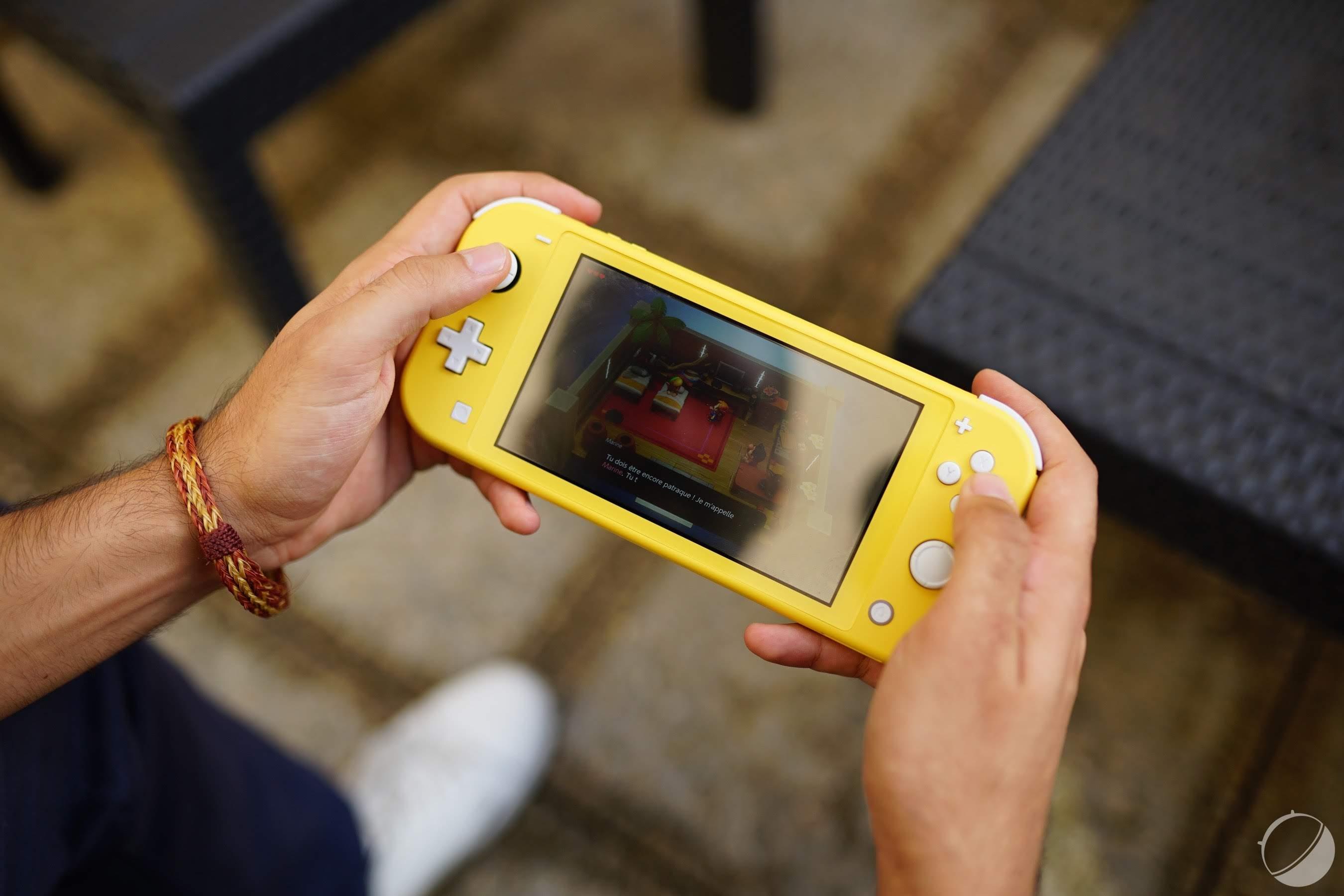 Coronavirus : Nintendo déconseille de nettoyer la Switch avec de l'alcool