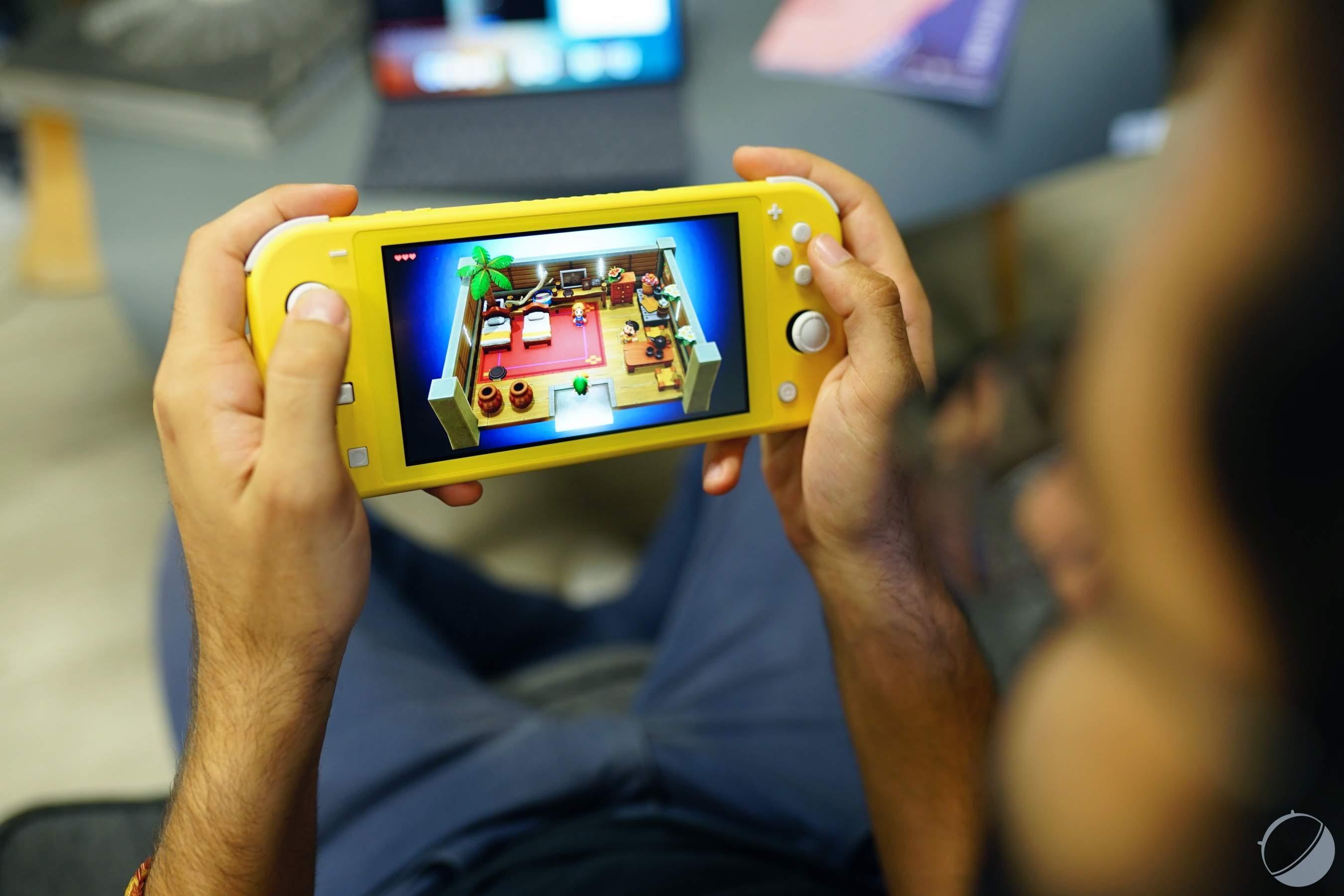 Test de la Nintendo Switch Lite : petite, mignonne et un tantinet frustrante