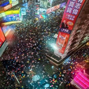 Hong Kong : Apple obéit à la Chine et bannit deux applications de son App Store
