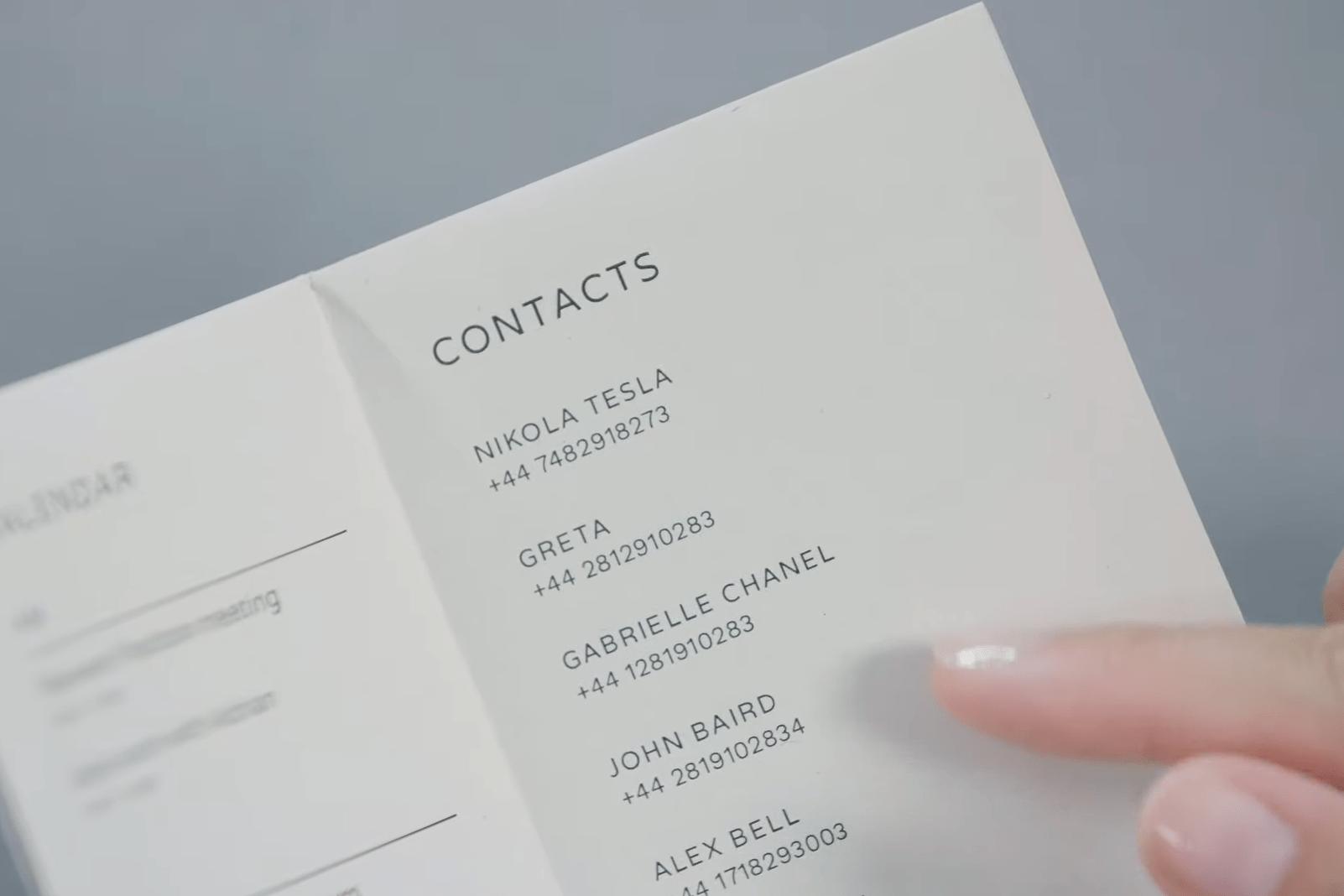 Google vous propose de créer un smartphone en papier pour vous déconnecter
