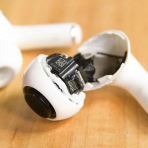 Apple AirPods Pro : sans surprise, c'est du jetable