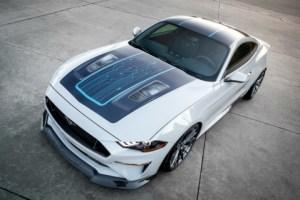Mustang Lithium : Ford vend du rêve avec une muscle-car électrique de 900 ch