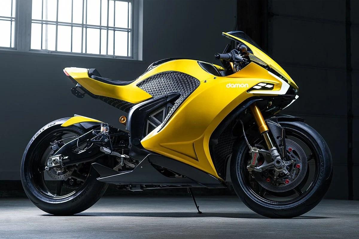Damon exhibe Hypersport, une moto électrique intelligente d'une autonomie de 483 kilomètres