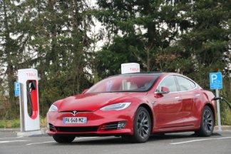 Nous avons testé un trajet Paris-Lyon en Tesla Model S: que vaut la routière en conditions réelles?