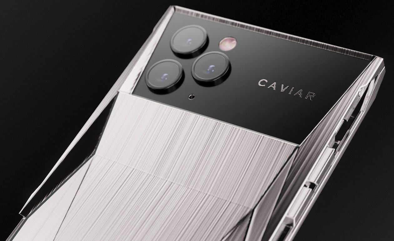 Caviar dévoile son « Cyberphone », un iPhone 11 Pro aux allures de Cybertruck