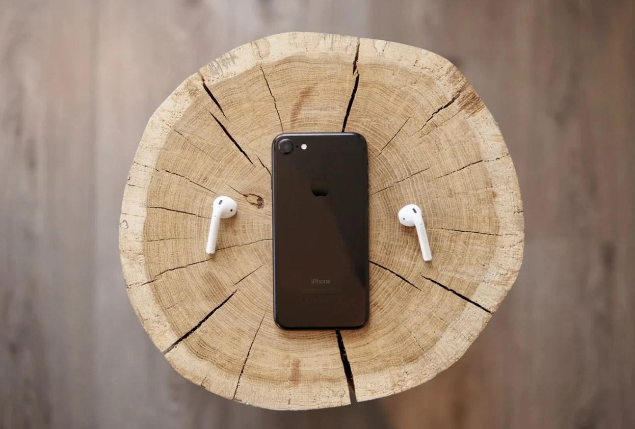 iPhone SE 2 : Touch ID ou Face ID, Apple pourrait laisser le choix