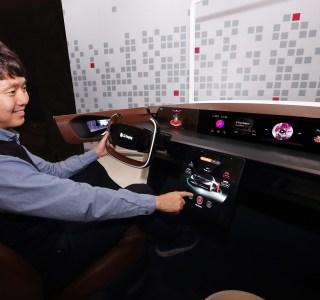 LG Display compte nous inonder d'écrans OLED enroulables : dans les avions, les voitures, les hôtels…