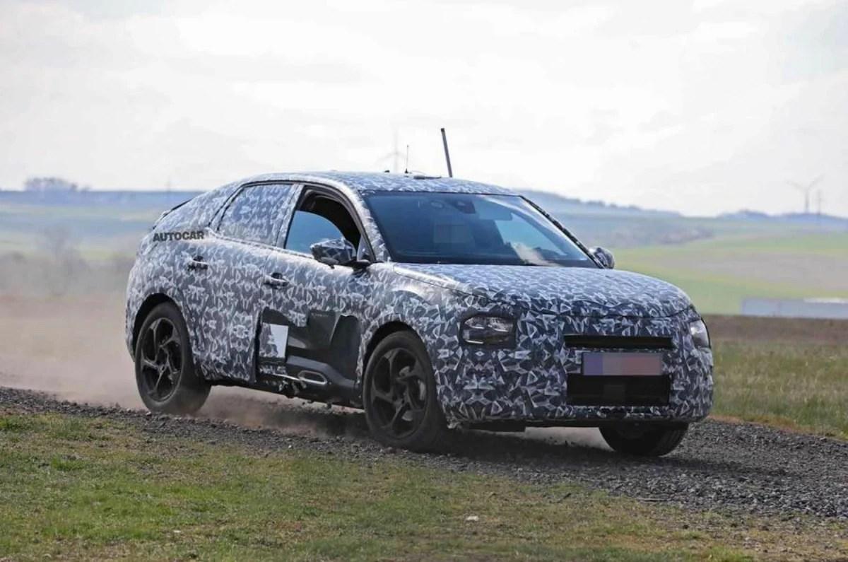 Citroën C4: jetez un œil discret à sa future variante électrique prévue pour 2021