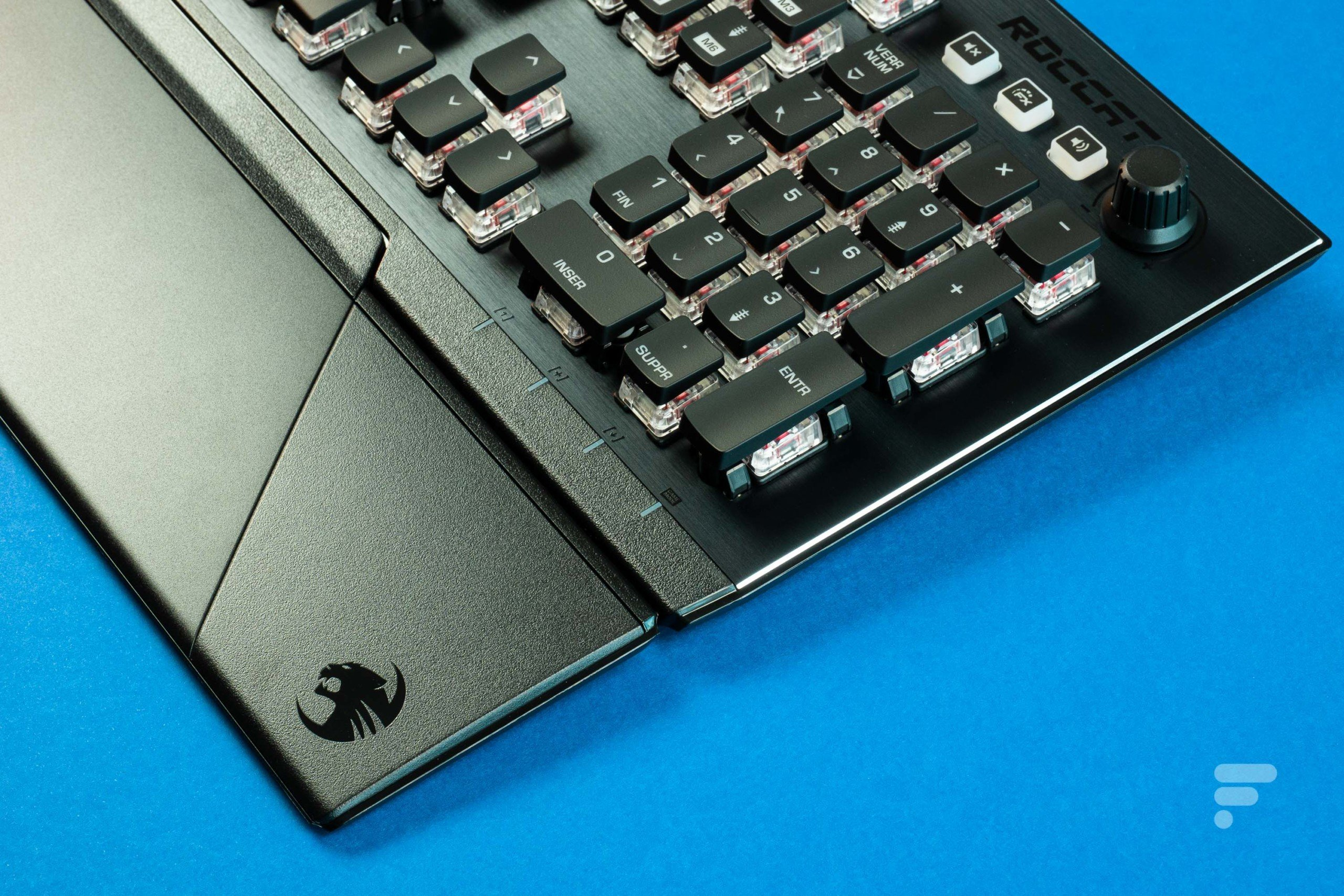 Test du clavier Roccat Vulcan 121 : le design et les performances
