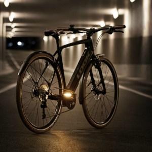 Cet élégant vélo électrique français propose 50 km d'autonomie et un poids modeste