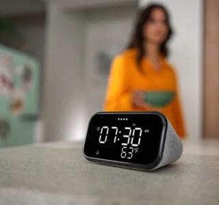 Lenovo présente son Smart Clock Essential, un réveil intelligent qui va à l'essentiel