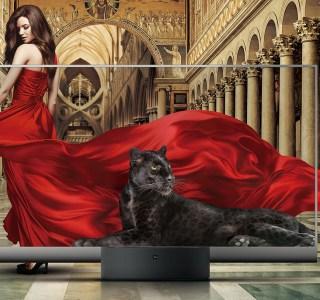 Mi TV Lux : Xiaomi lance le premier téléviseur Oled transparent du marché