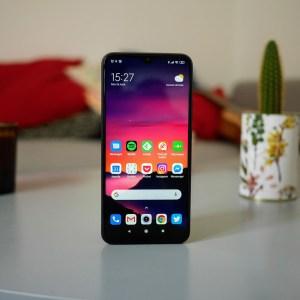 Redmi veut lui aussi son smartphone compact, mais au détriment de la batterie
