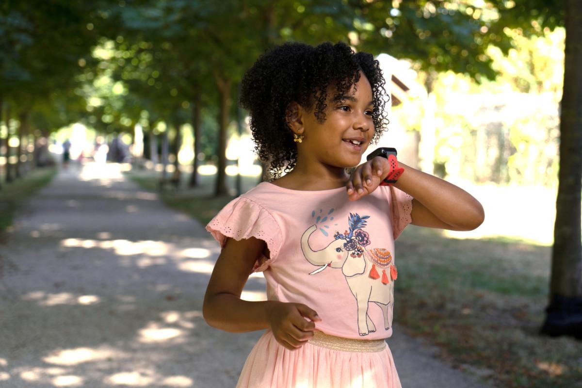 KiwipWatch 5 : une montre connectée qui transforme les enfants en Jedi et rassure les parents
