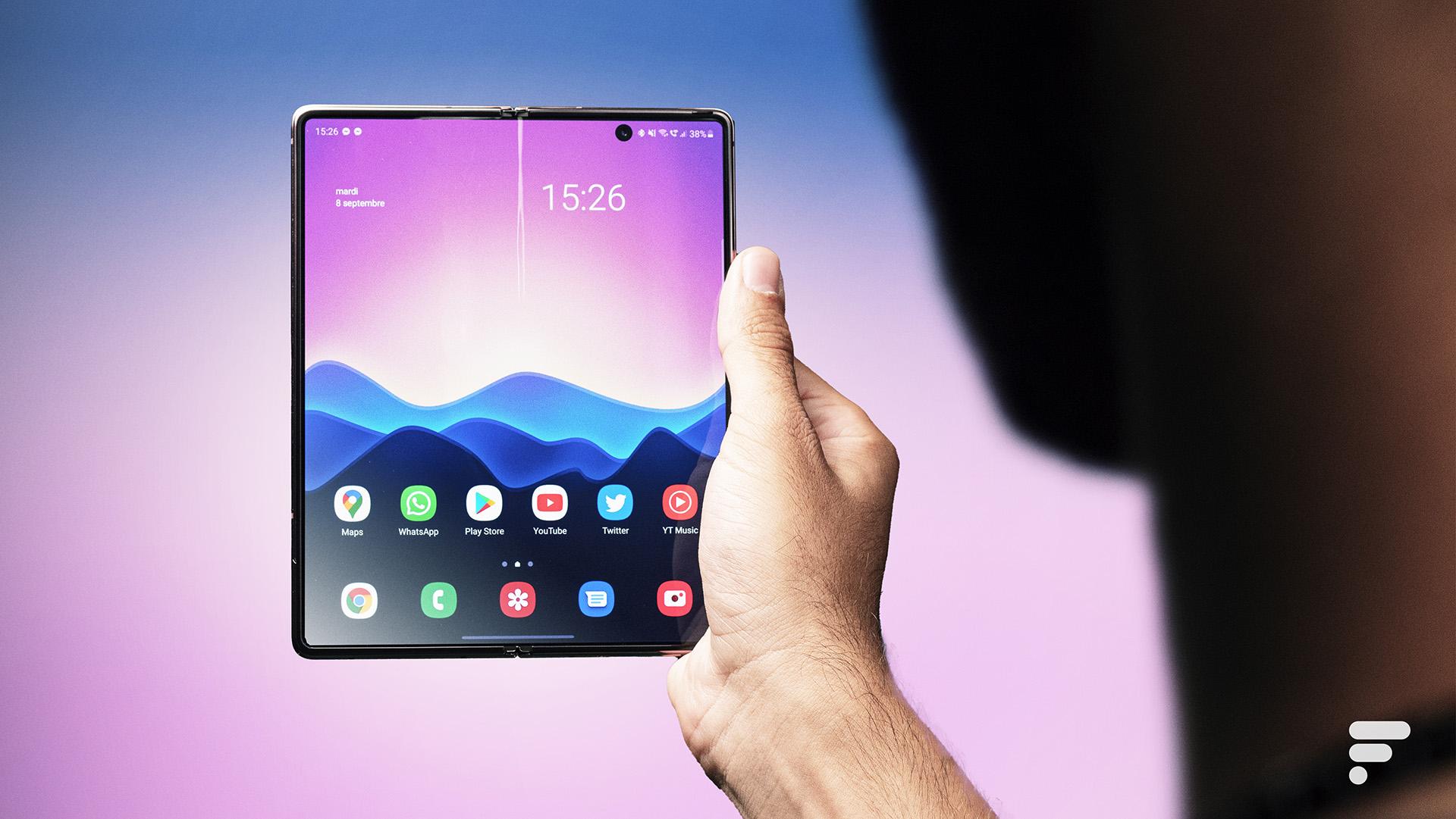 Samsung préparerait une tablette à double pliure pour l'année prochaine