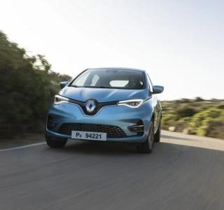 Des voitures électriques avec batterie interchangeable? Renault y songerait de nouveau