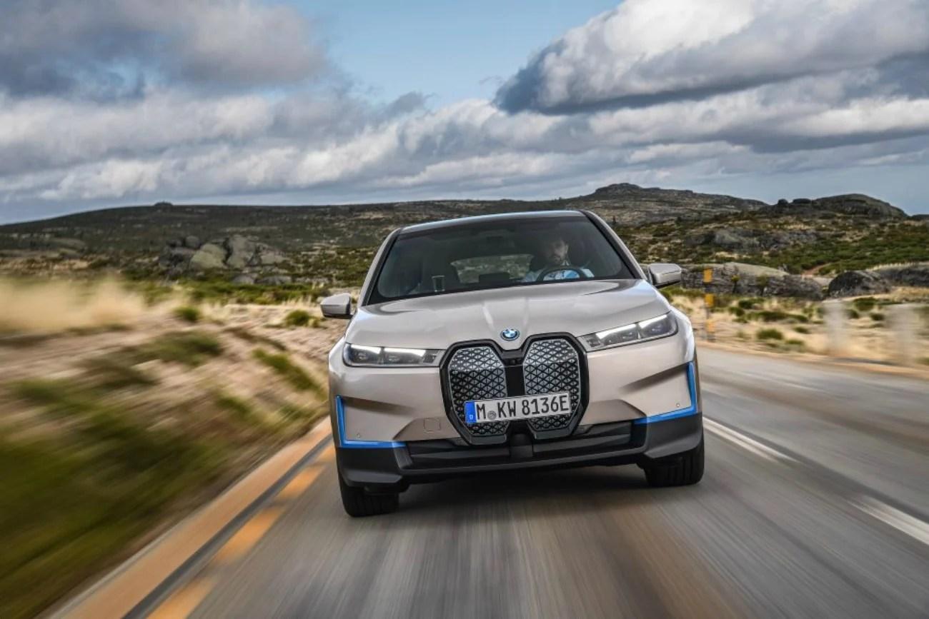 BMW iX: voici les prix officiels (et très élevés) de ce SUV électrique haut de gamme