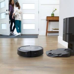 iRobot Roomba i3+: la déclinaison abordable de l'aspirateur robot haut de gamme arrive en France