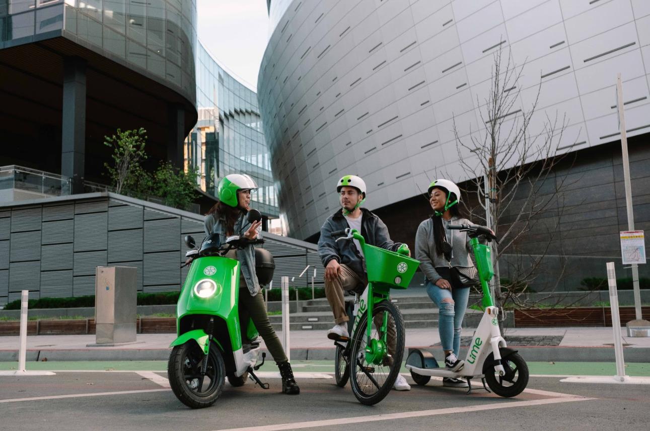 Lime s'attaque à CityScoot et va lancer des scooters électriques en libre-service