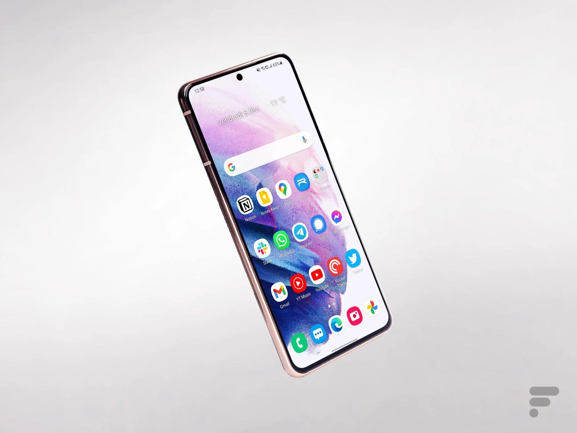 Samsung Galaxy S21 : son prix est en baisse de 170 € grâce à un code promo Bouygues Telecom