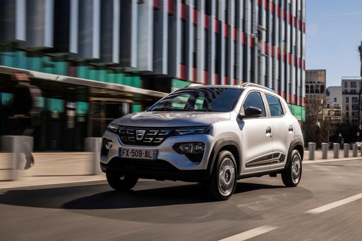 Dacia Spring officialisée: la moins chère des voitures électriques présentée en détail