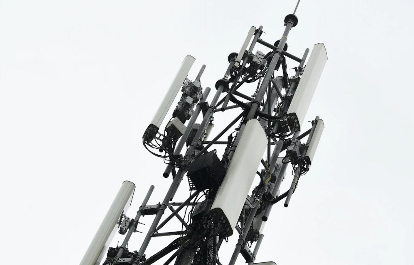 NRJ Mobile débranche les réseaux d'Orange et SFR