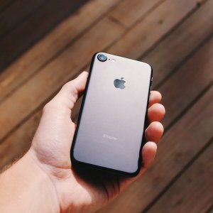 L'État aimerait booster la vente de smartphones reconditionnés en baissant leur TVA