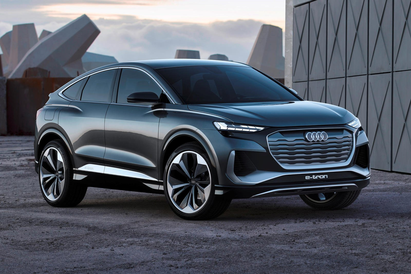 Audi Q4 e-tron officialisé: le SUV électrique sortira en juin à un prix très agressif