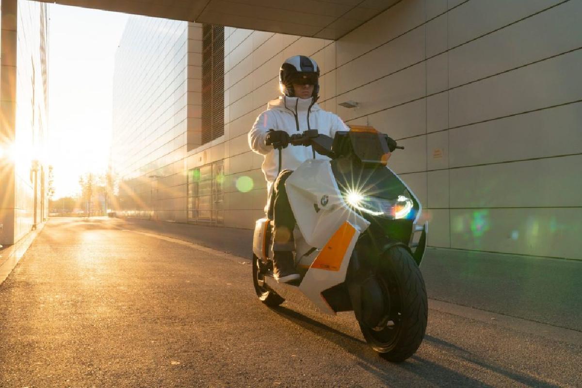 Scooter électrique BMW CE 04: son lancement ne semble plus très loin