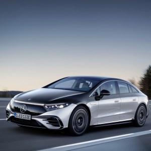 Mercedes EQS officialisée: 770km d'autonomie et un intérieur futuriste pour la berline électrique