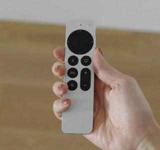 Apple TV 4K 2021 : la nouvelle télécommande perd certaines de ses fonctions
