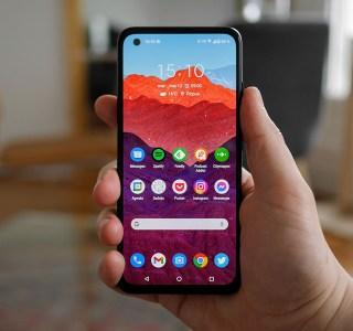 Prise en main de l'Asus Zenfone8: un smartphone compact… pour 2021