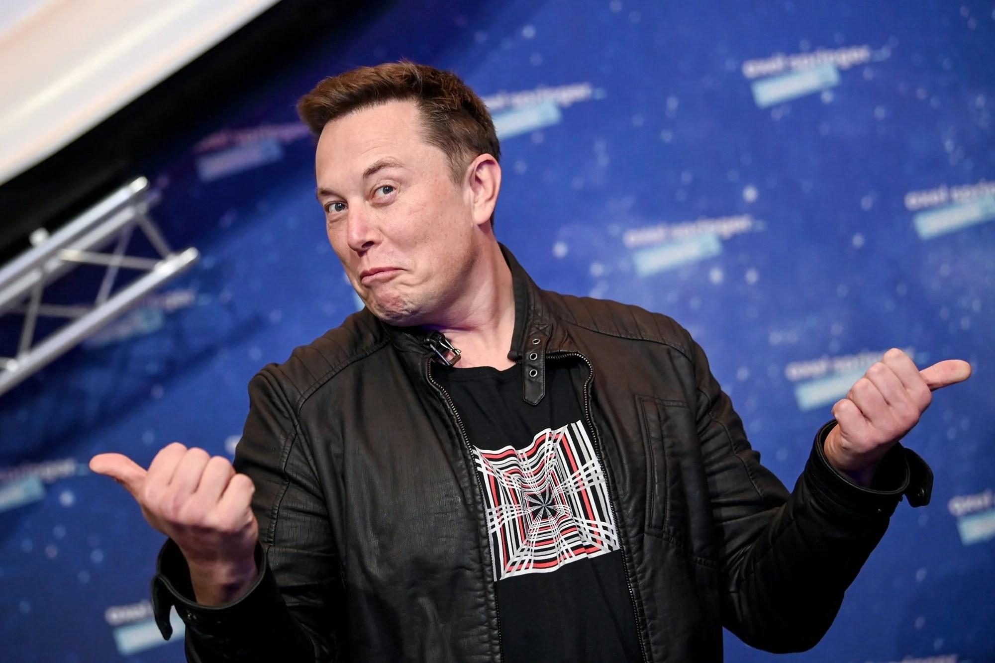 Elon Musk voulait la place de Tim Cook si Apple rachetait Tesla: un démenti unanime clôture le débat