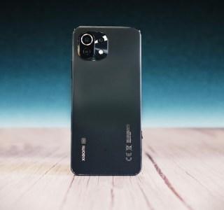 Test du Xiaomi Mi11 Lite5G : léger comme une plume et beau comme un camion