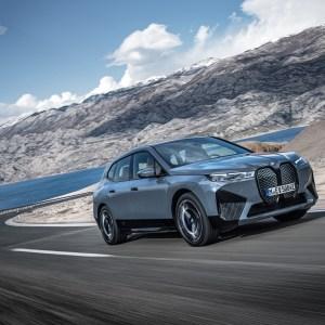 BMW iX : 5G, système audio Harman Kardon et 630 km d'autonomie pour ce SUV électrique