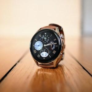 À -25%, le pack Huawei Watch 3 + Freebuds 4i est une très bonne affaire