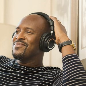 Audio-Technica lance une version sans fil de son casque monitoring de référence