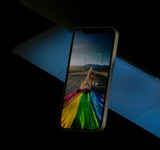iPhone 12 mini, 12, 12 Pro, 12 Pro Max, SE et Watch Series 6 : voici les meilleurs prix depuis leur lancement
