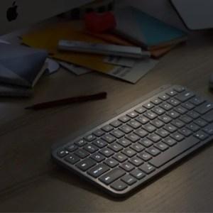 Logitech MX Keys mini : un clavier taille réduite idéal pour le télétravail