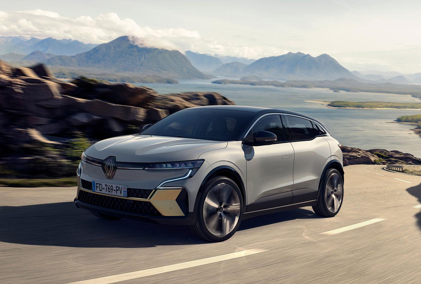 Renault Mégane E-TECH officialisée: Android Automotive, effet cocon et double écran en forme de L