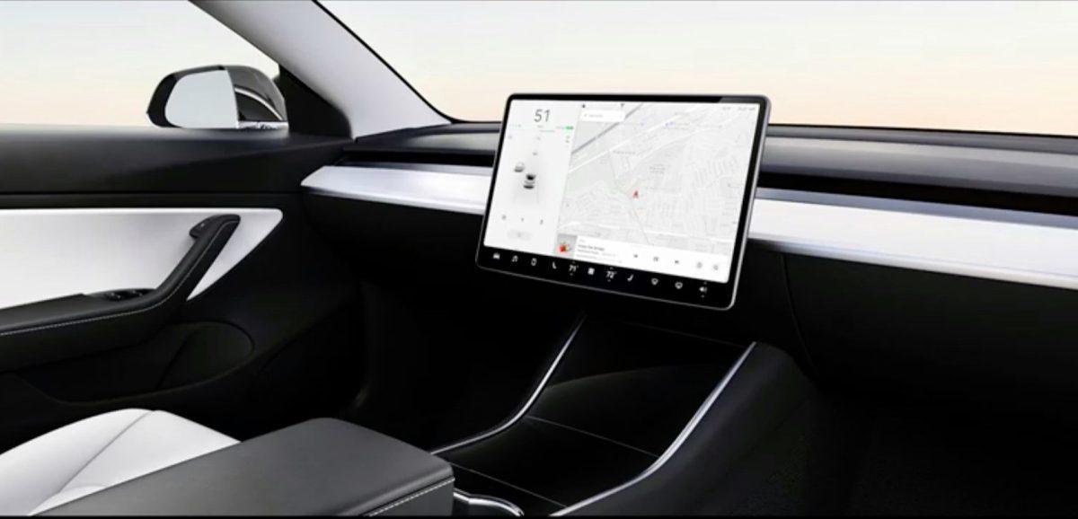 Model 2 : Tesla songerait à lui retirer volant et pédales, pour 25000dollars