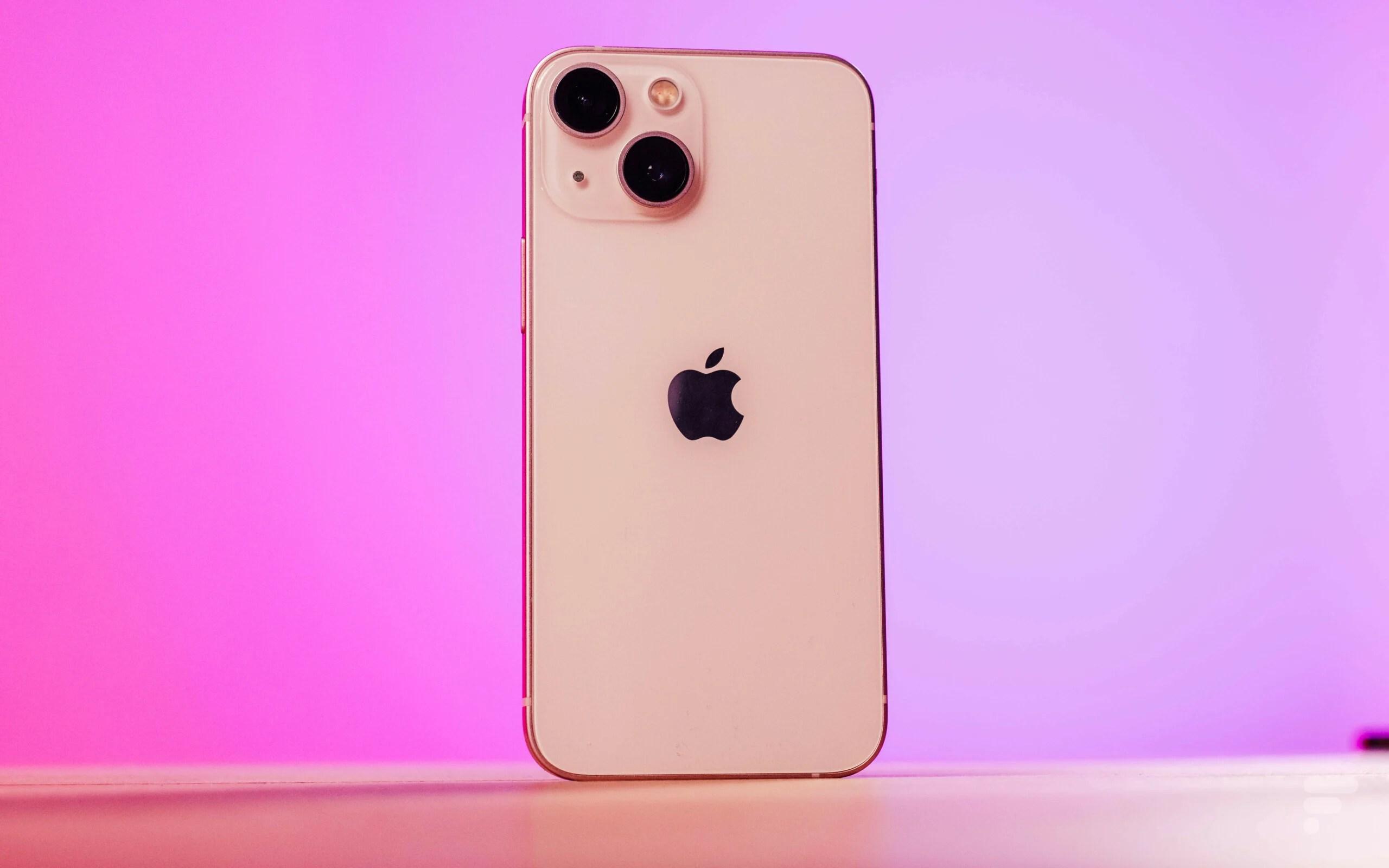 Malgré la pénurie, Apple retrouve le sourire et reprend la 2e place du marché des smartphones