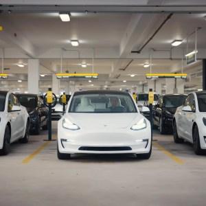 Une bonne nouvelle et Tesla vaut plus de mille milliards de dollars