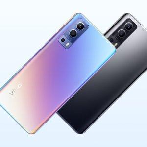 Forfait mobile : ce smartphone à 300 euros est offert avec cette offre 100 Go