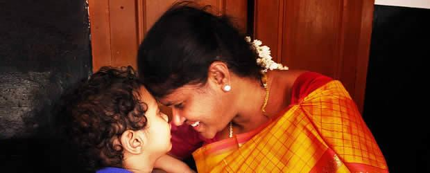 La vie entravée des femmes – Carte postale d'Inde