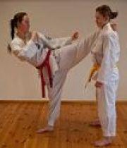 taekwondo-bientot-dobok-sexy-180×124